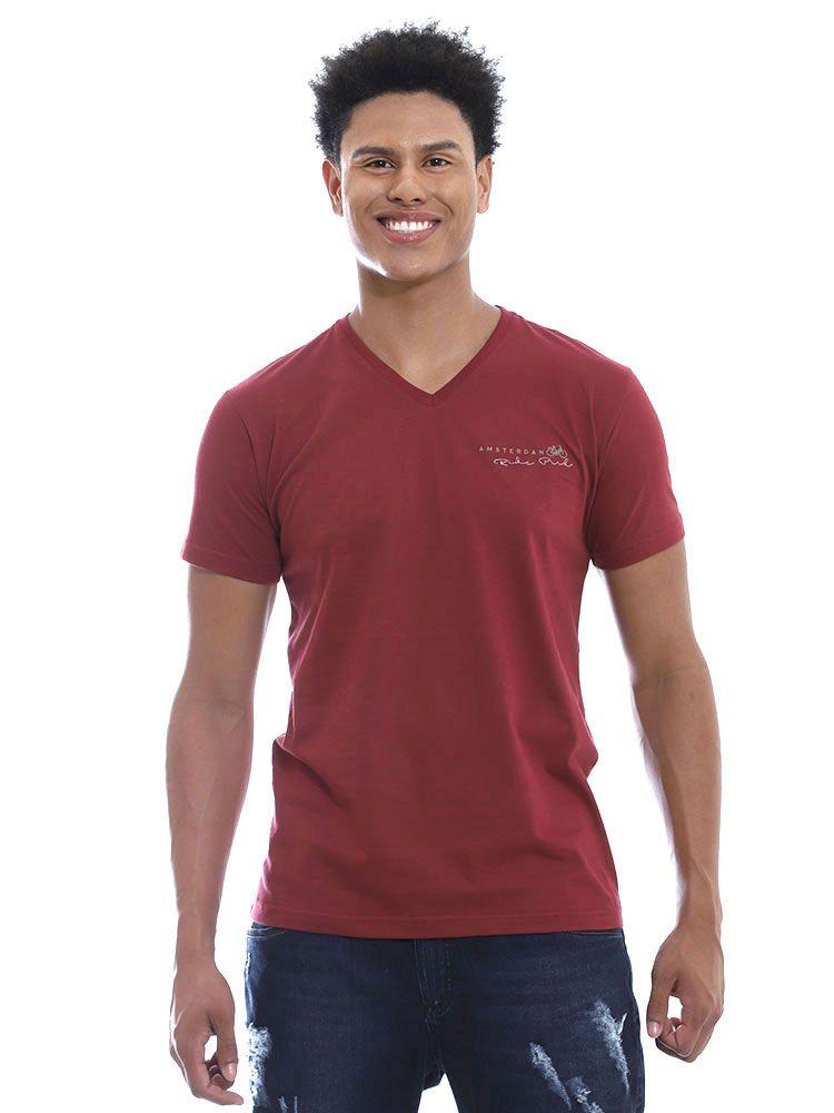 Camiseta Anistia Slim Fit Decote V. Amsterdan Bordo