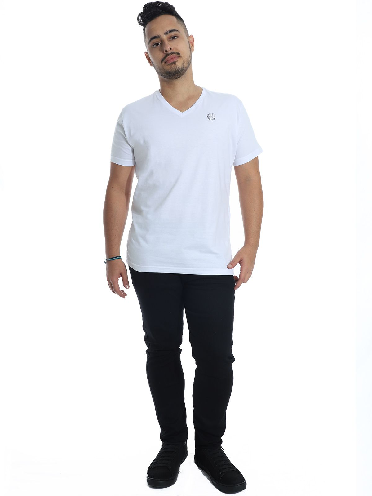 Camiseta Anistia Slim Fit Decote V. ANST Branco