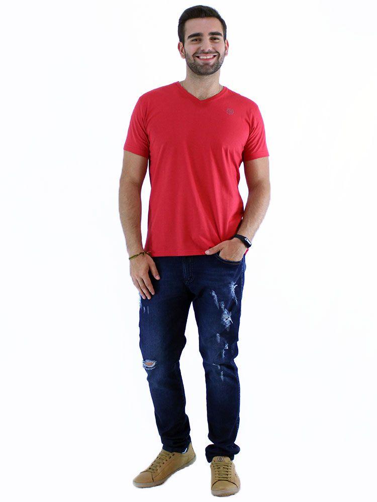 Camiseta Anistia Slim Fit Decote V. ANST Vermelha