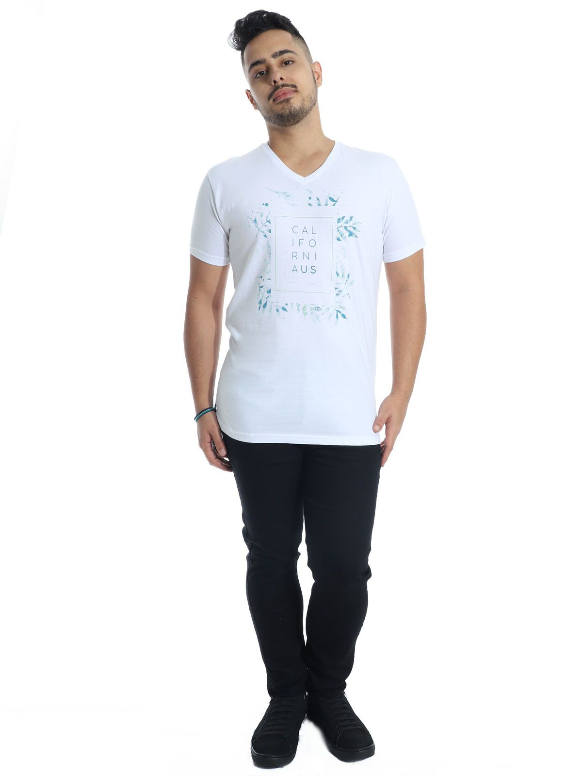 Camiseta Anistia Slim Fit Decote V. California Branco