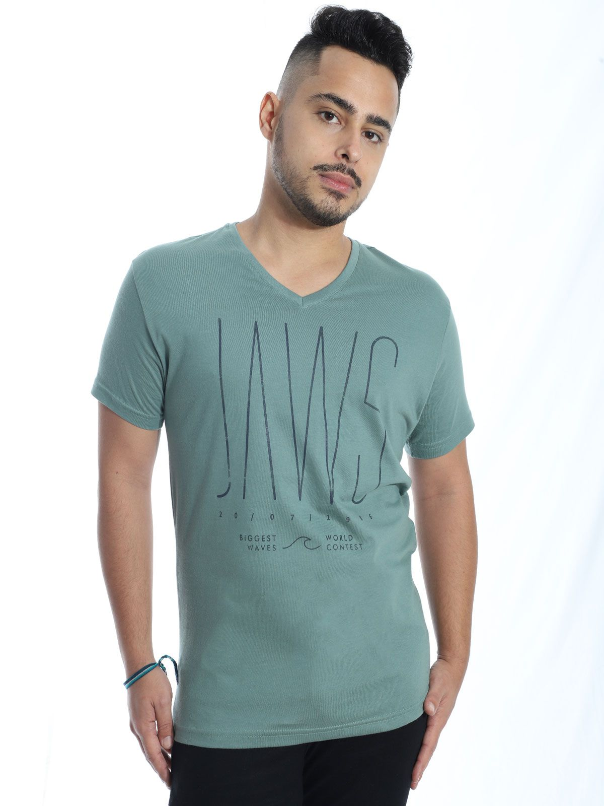 Camiseta Anistia Slim Fit Decote V. Contest Concreto
