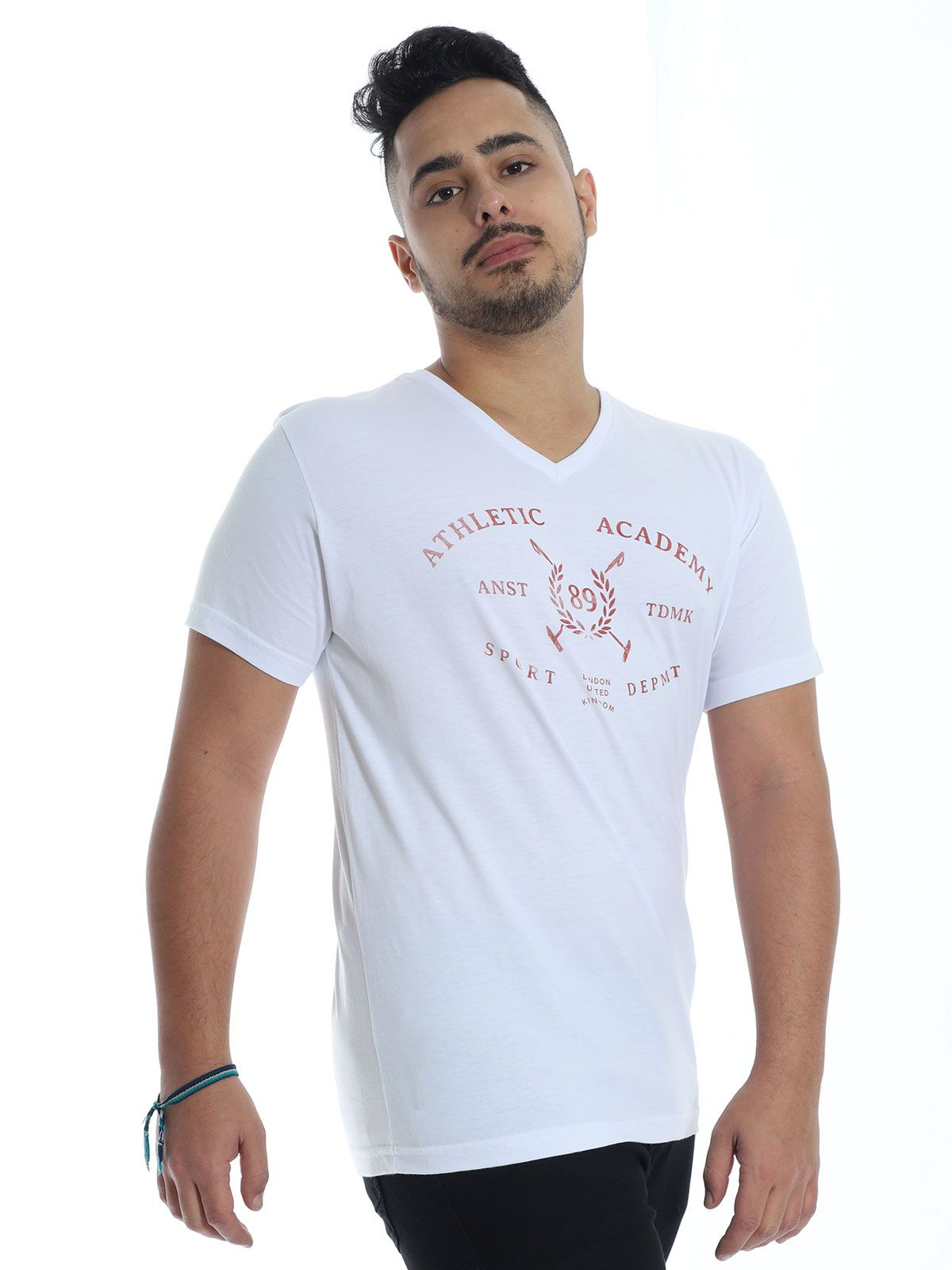 Camiseta Masculina Slim Fit Decote V. Manga Curta Estampada Branco