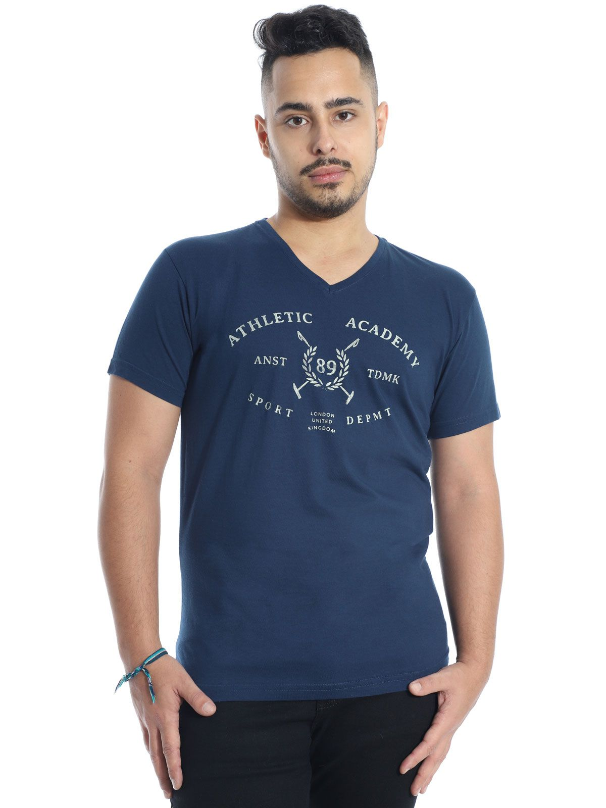 Camiseta Masculina Slim Fit Decote V. Anistia England Marinho