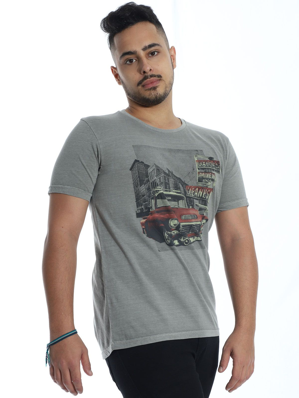 Camiseta Masculina Slim Fit Anistia Stonada Dallas Cinza