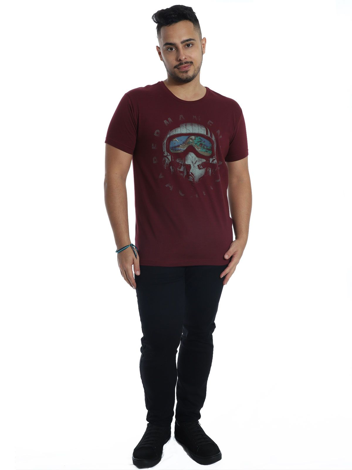 Camiseta Anistia Slim Fit Vacation Vinho
