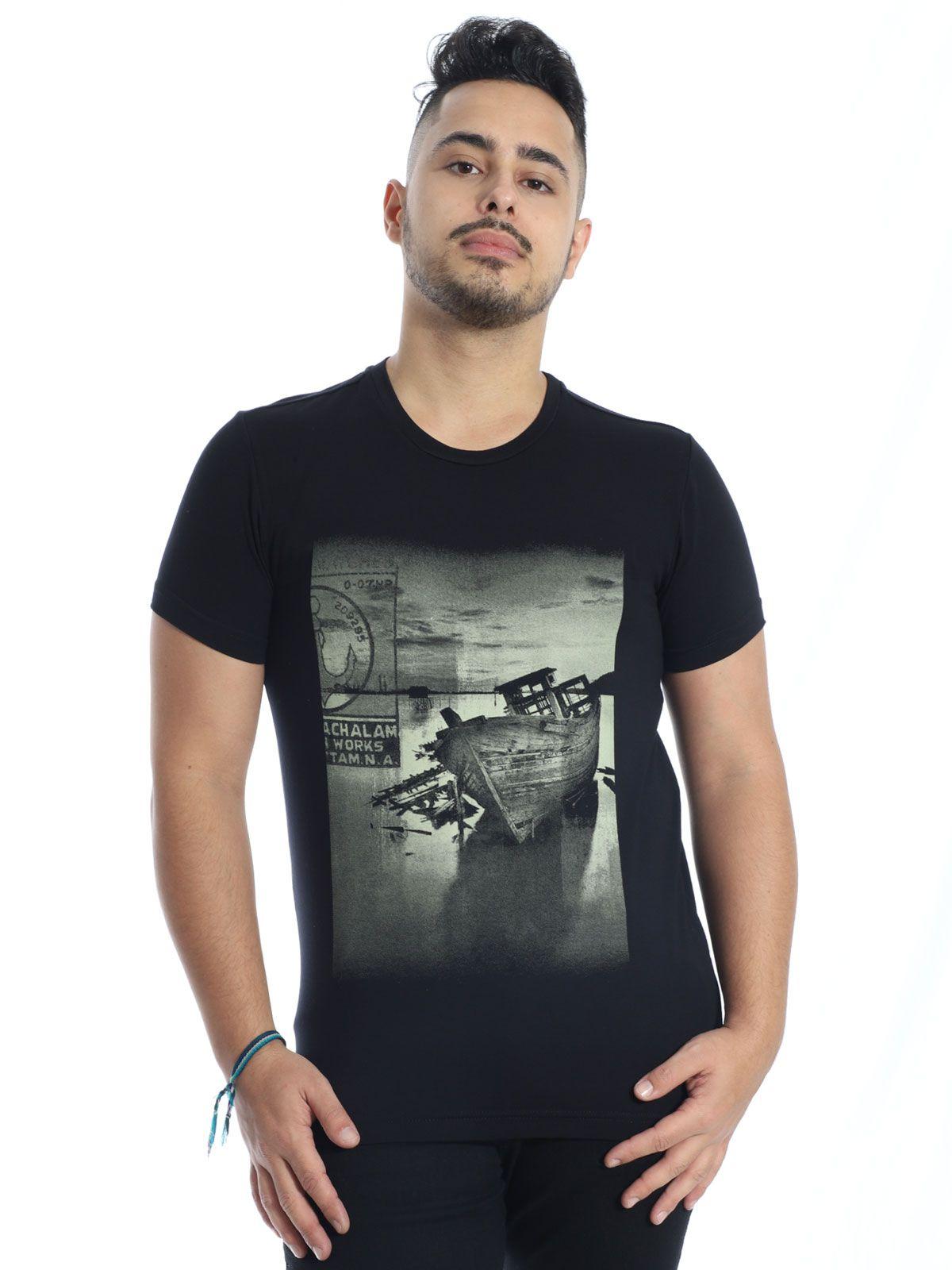 Camiseta Masculina Viscolycra Slim Fit Boat Anistia Preto
