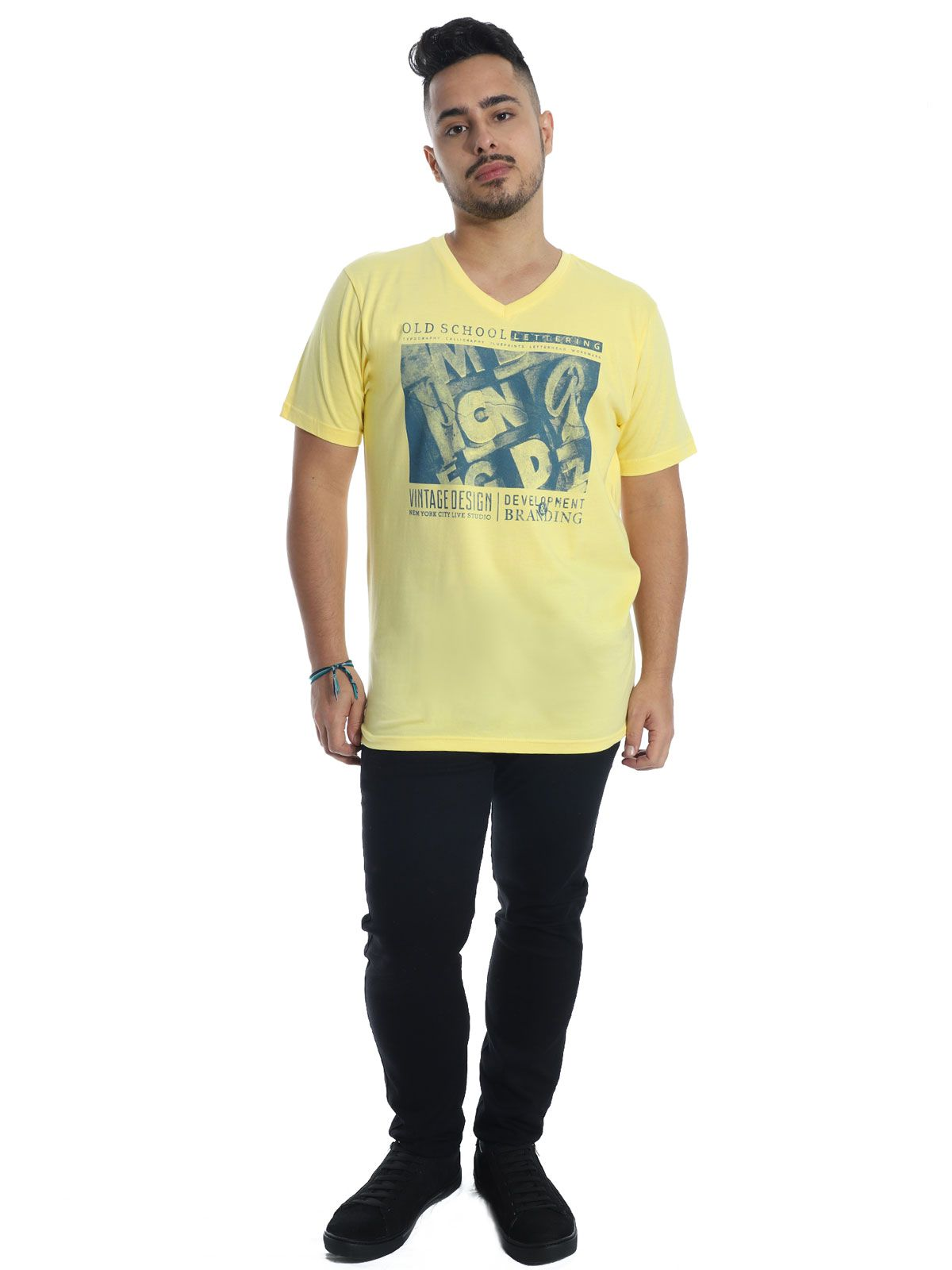 Camiseta Anstia Básica Decote V. Old School Amarela