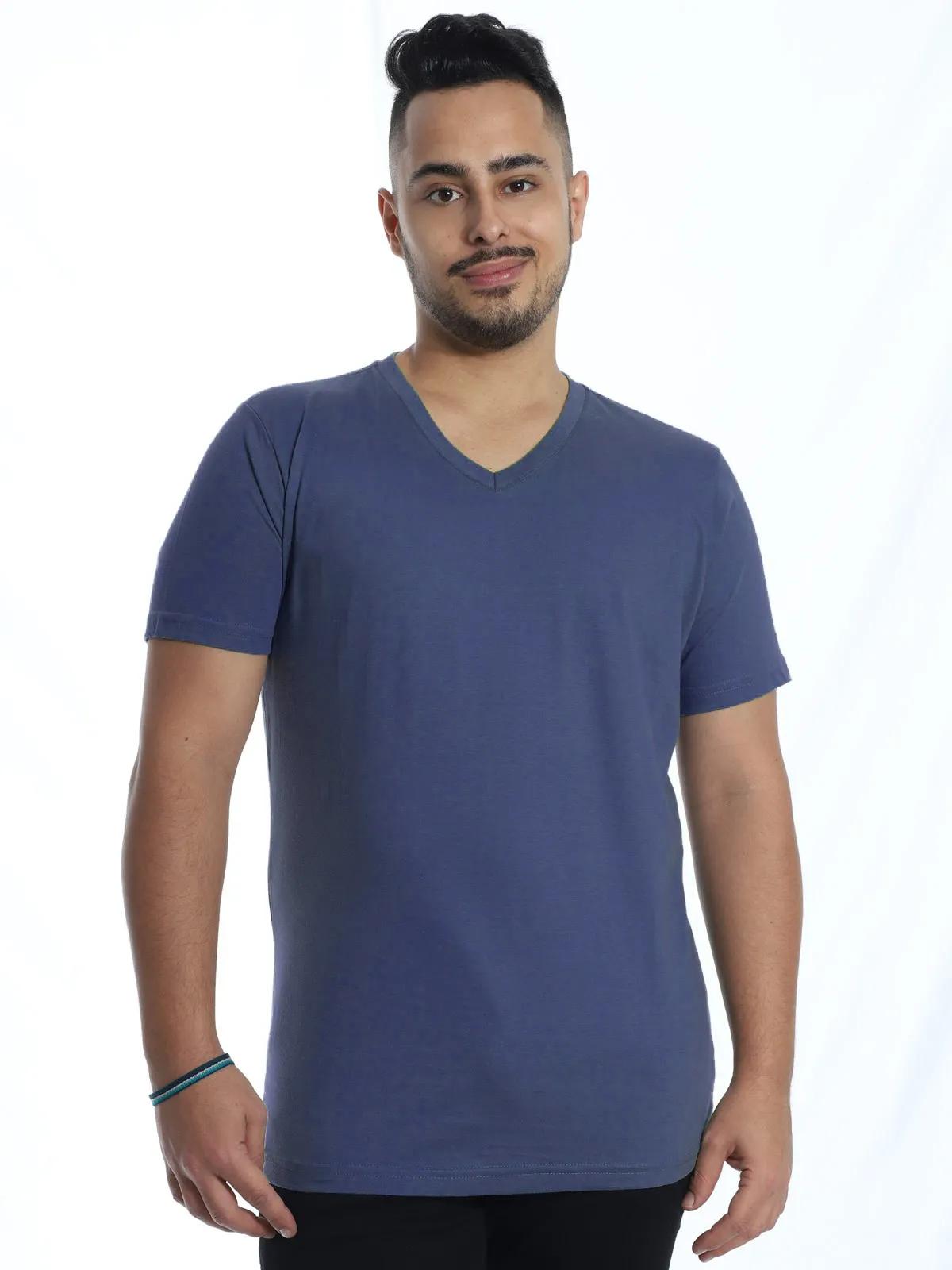 Camiseta Masculina Decote V. Algodão Slim Fit Lisa Jeans