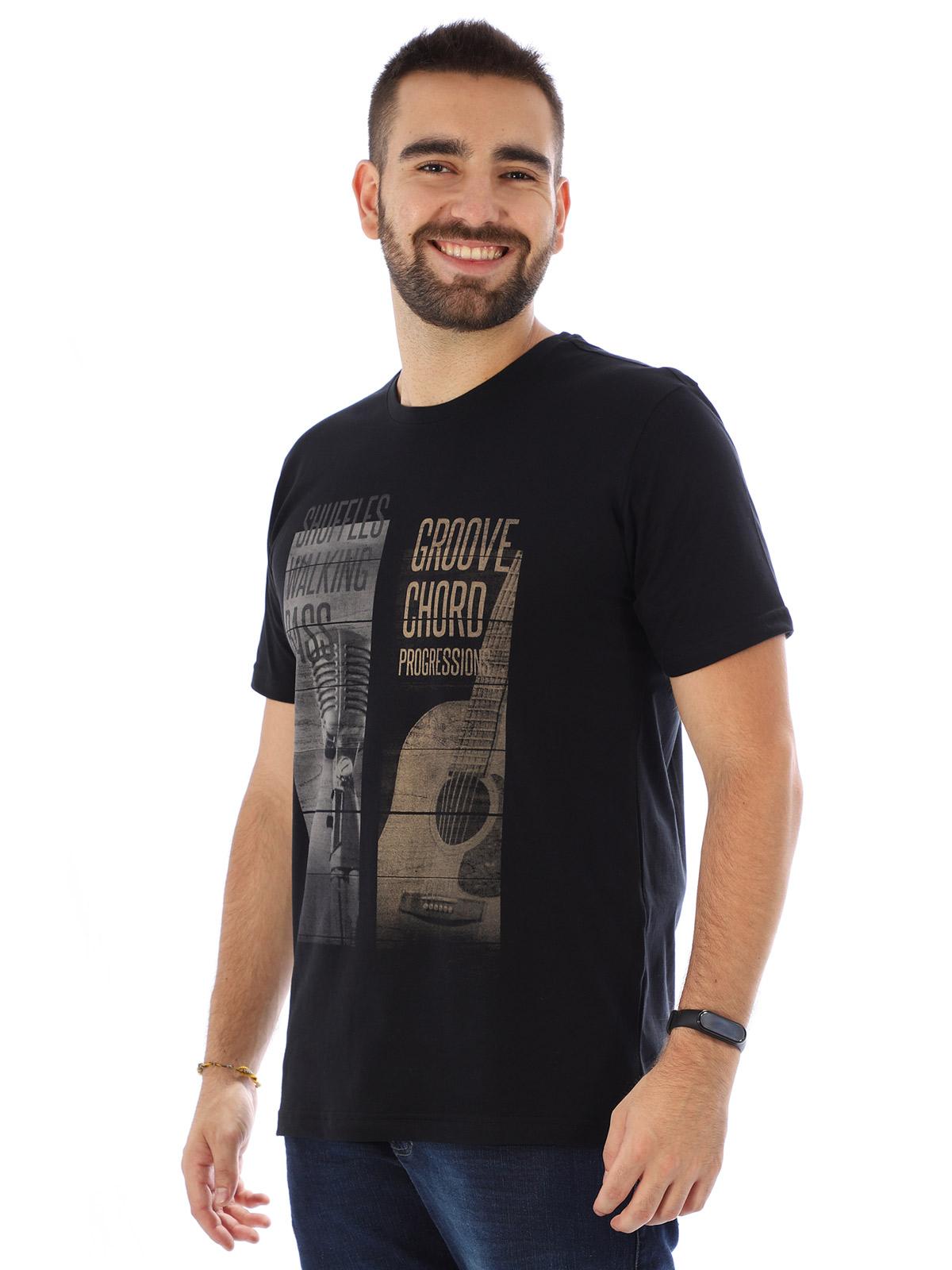 Camiseta Masculina Manga Curta Básica Groover Preto