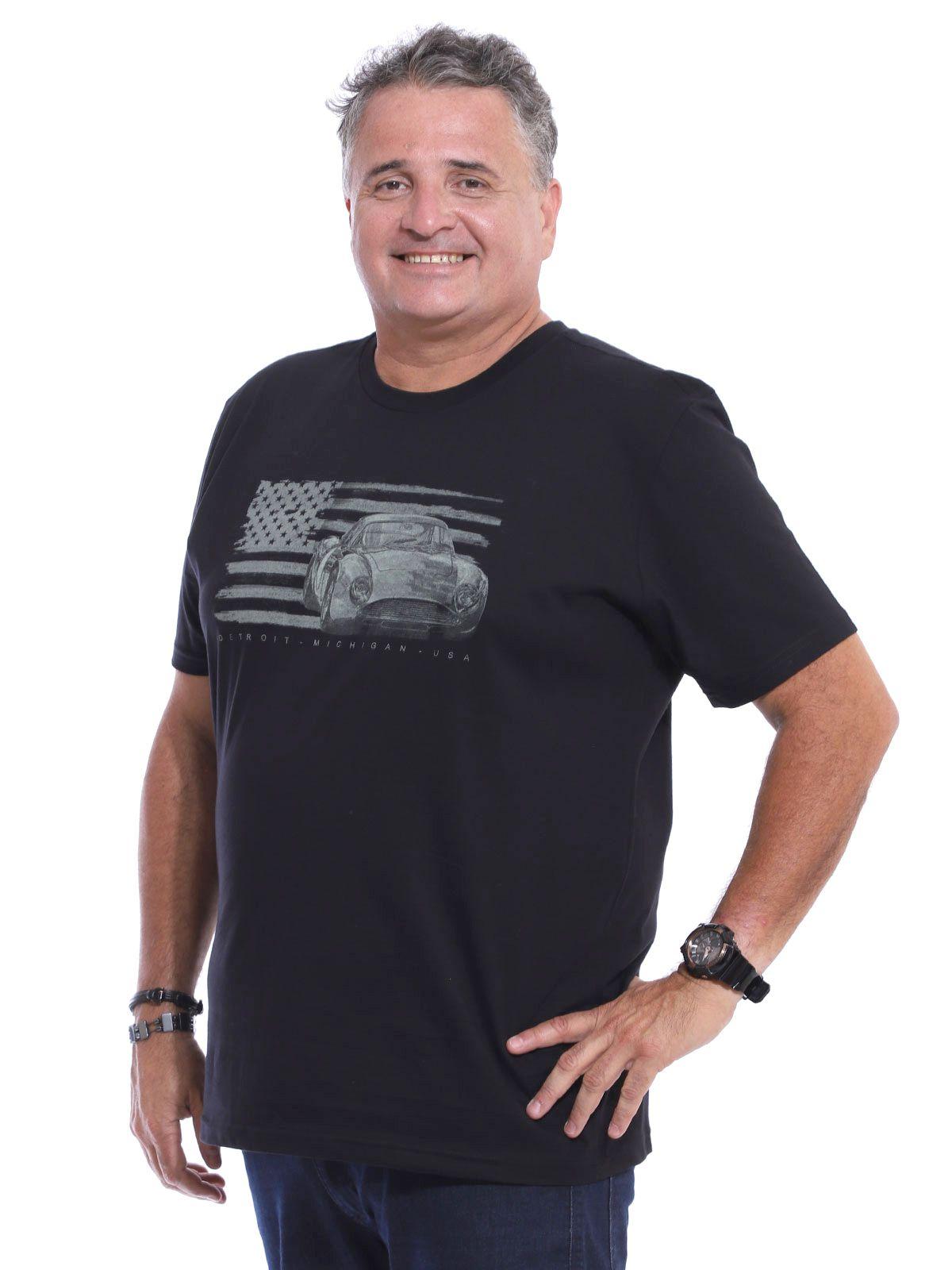 Camiseta Plus Size Anistia Detroit Preto
