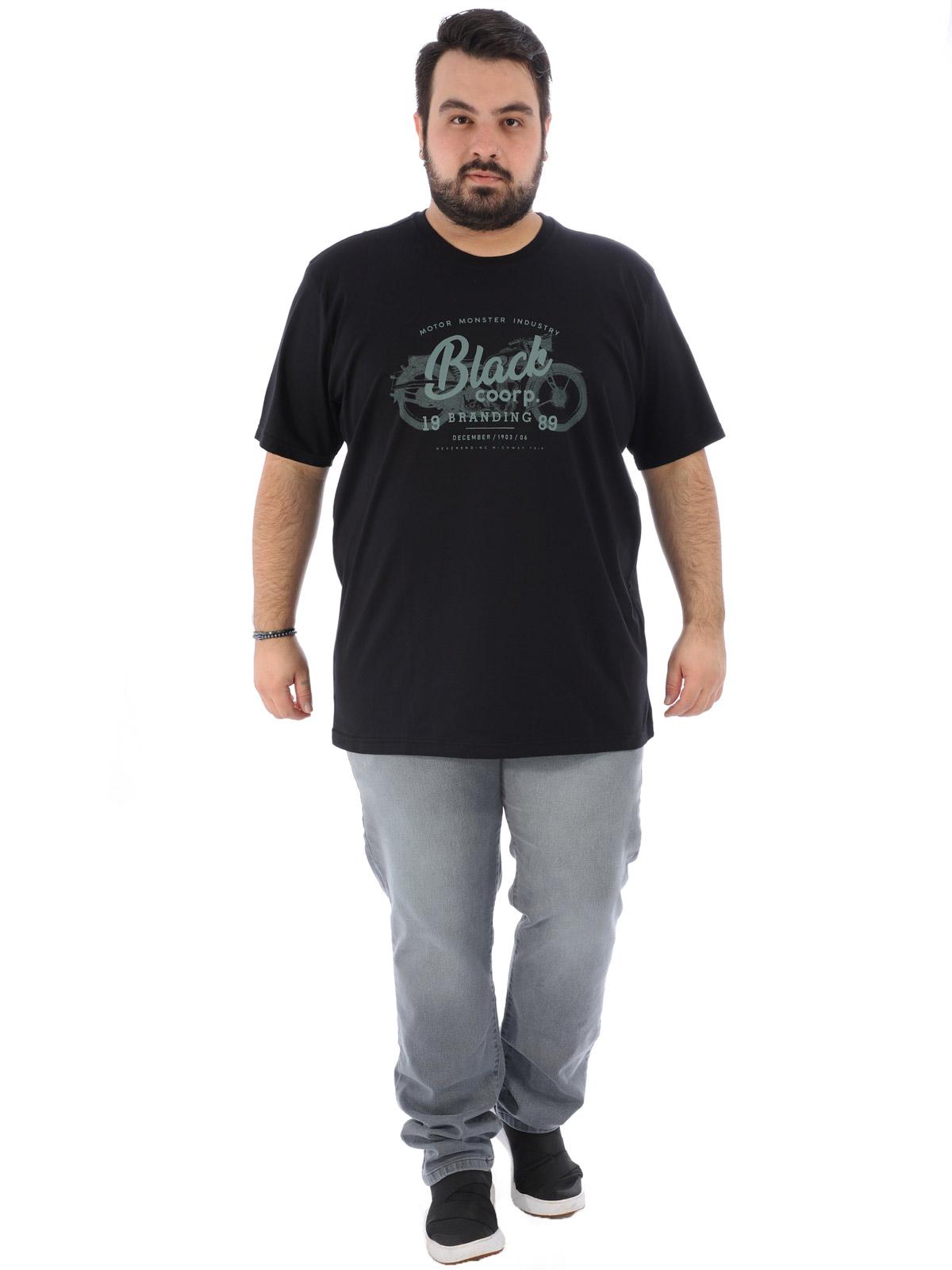 Camiseta Plus Size Masculina Estampa Black Anistia Preta