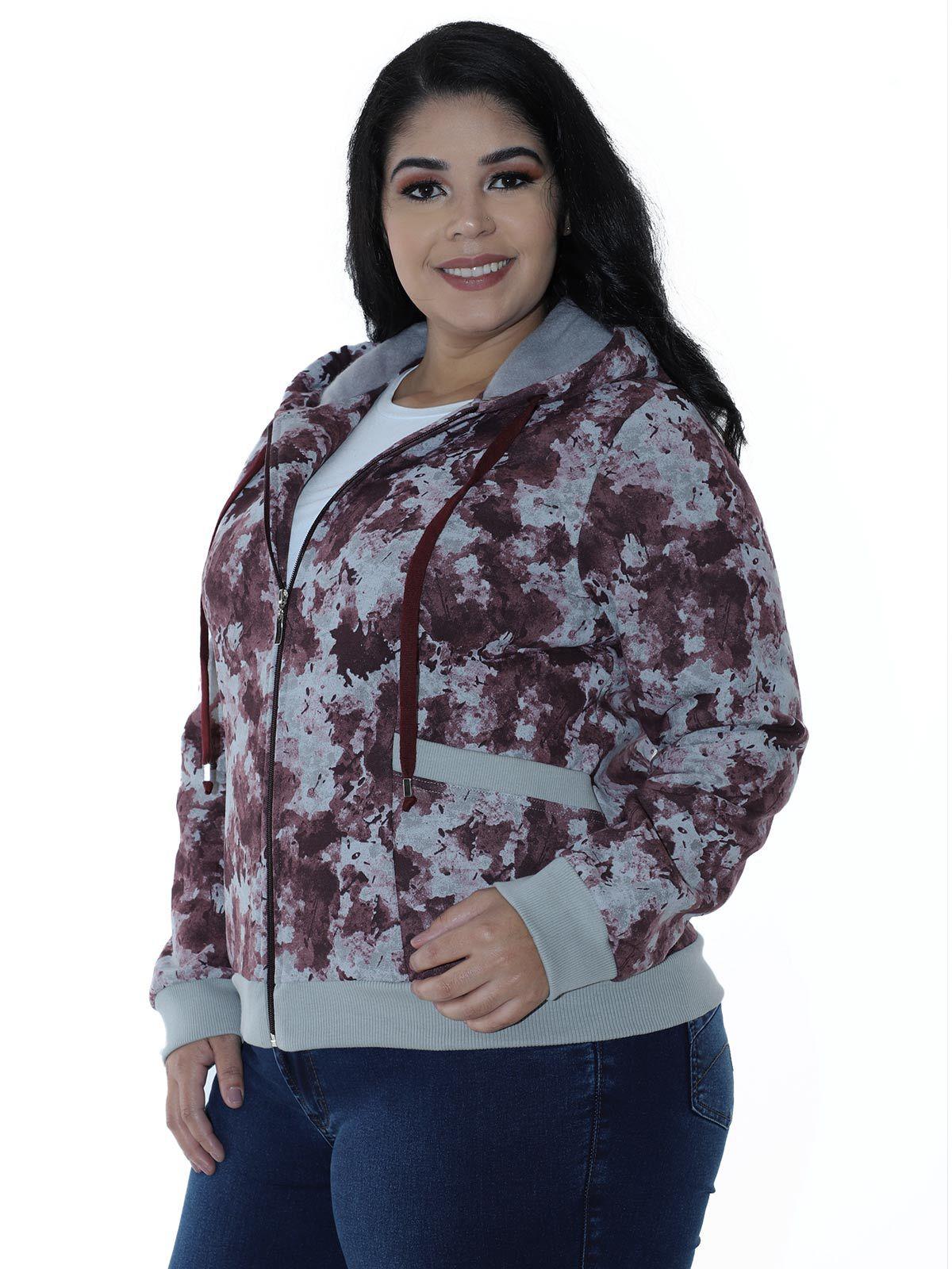 Casaco Plus Size de Moletom Camuflado com Capuz Bordo