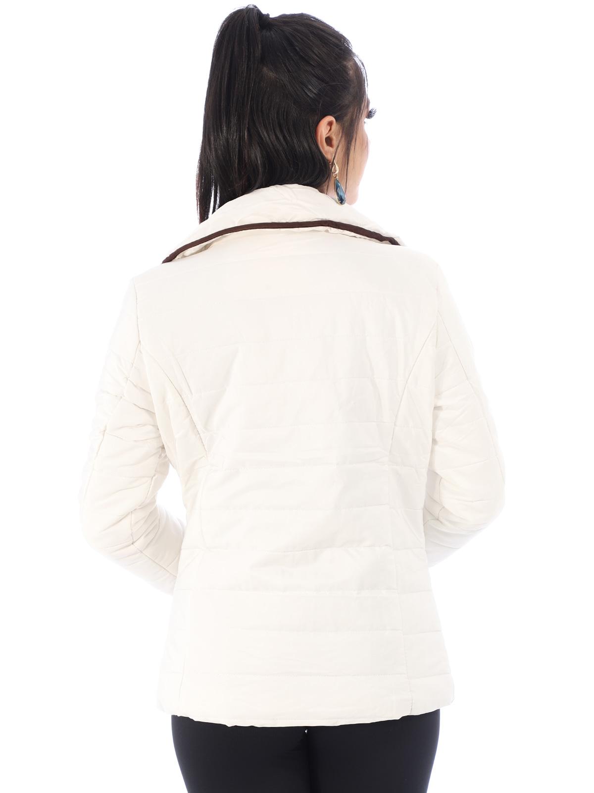 Jaqueta Feminina De Matelasse Com Ziper e Botões Off White