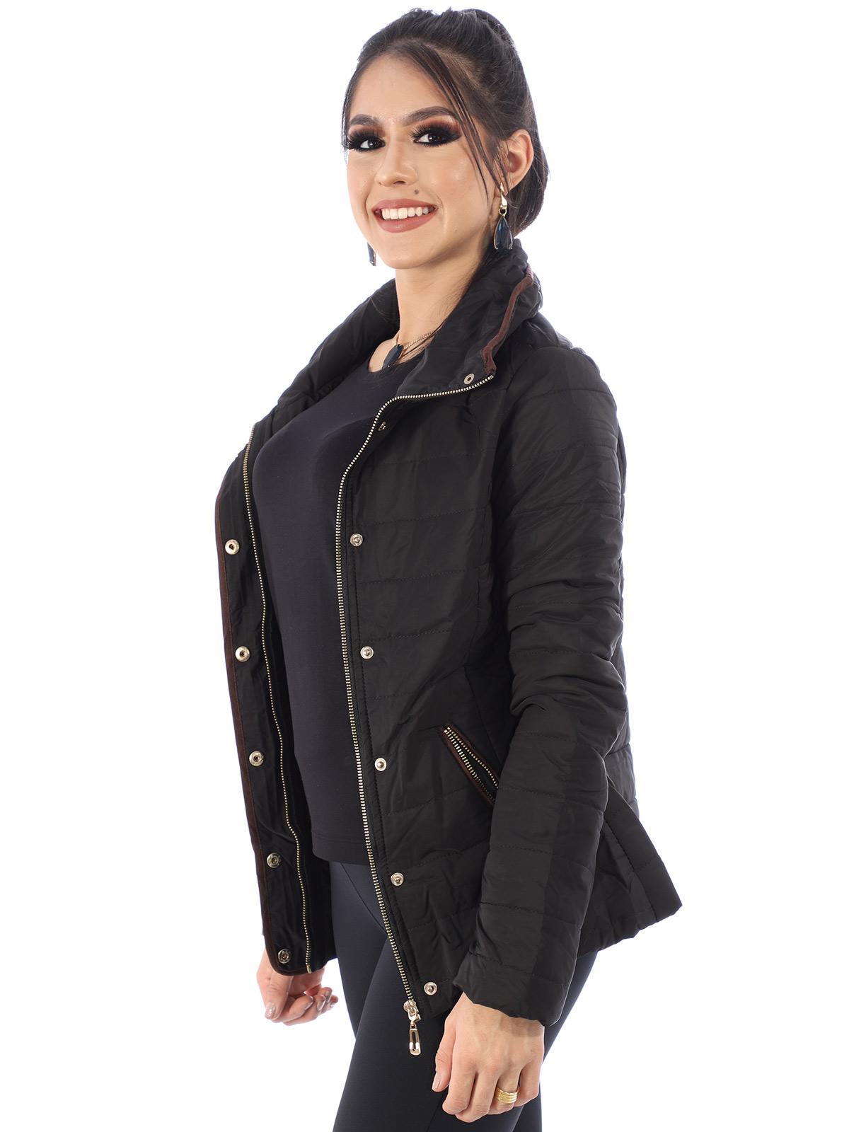 Jaqueta Feminina De Matelasse Com Ziper e Botões Preta