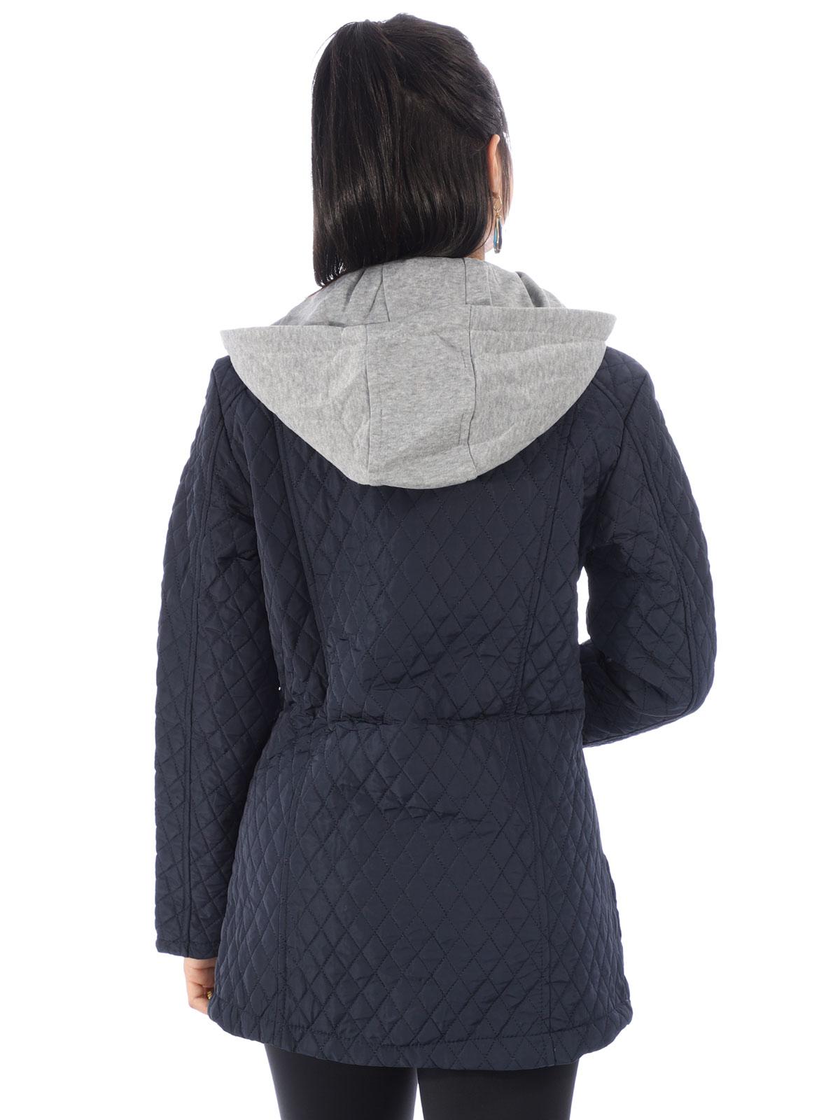 Jaqueta Feminina De Nylon Matelasse Com Capuz Azul Marinho