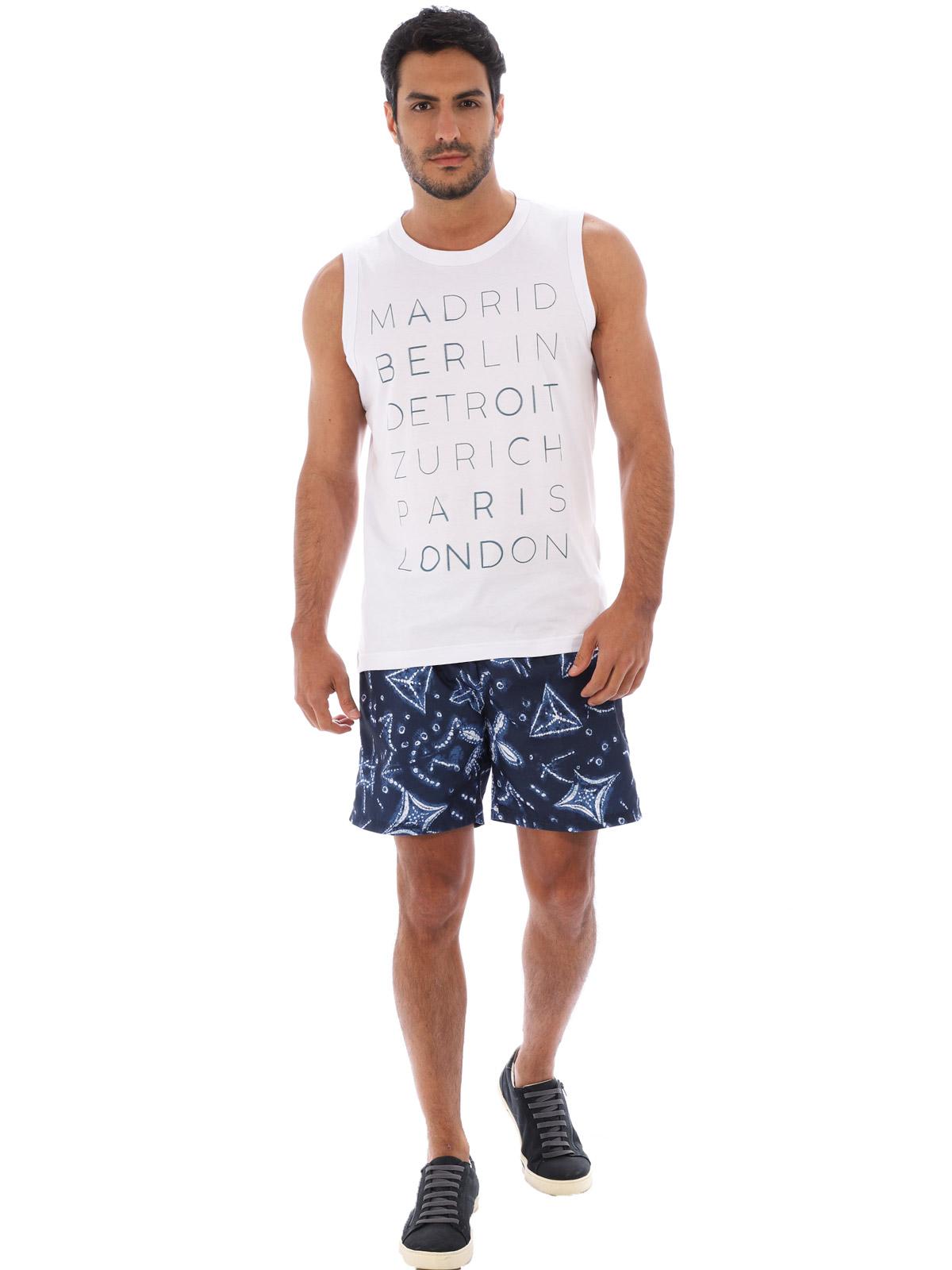 Short Masculino Estampado Com Bolsos Anistia Azul Marinho