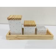 Kit Higiene 4 peças Coleção Poá Quadrado Rosa Bandeja Pinus