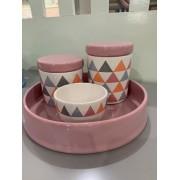 Kit Higiene 4 peças Coleção Triângulo Colorido Rosa