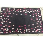 Tapete Moriah Coração Colorido de Nylon