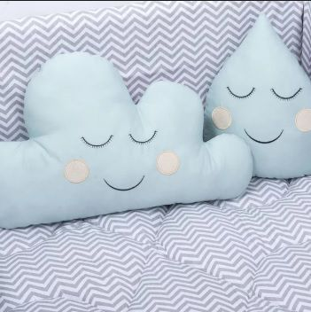 Almofada Decorativa Nuvem e Gota Azul