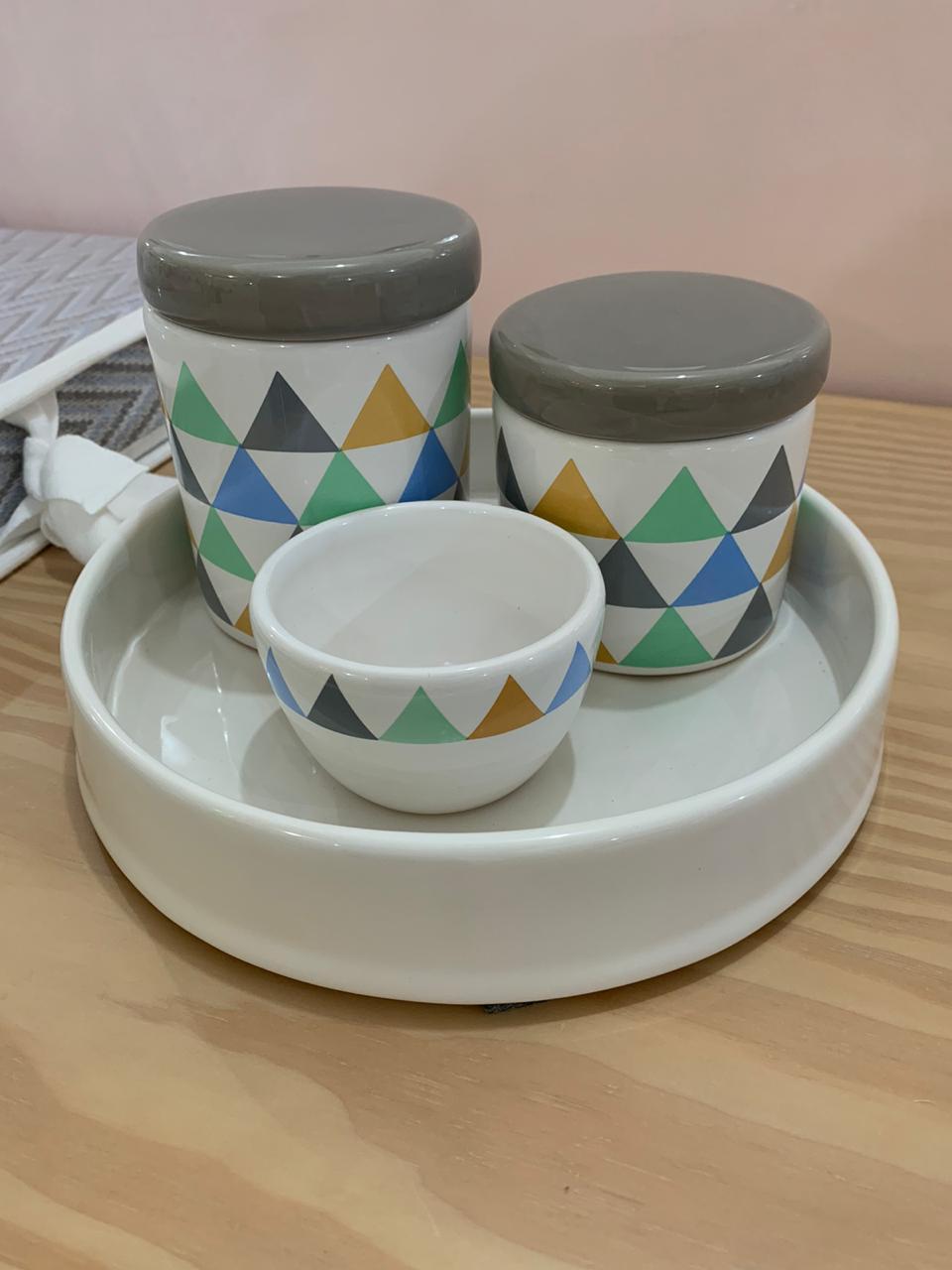 Kit Higiene 4 peças Coleção Triângulo Cinza