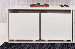 Mesinha Infantil Brinquedoteca e 1 Baú de Brinquedos Branco Fosco
