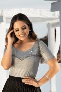 Blusa Feminina Malha Lurex com Bordado Via Tolentino Moda Evangélica
