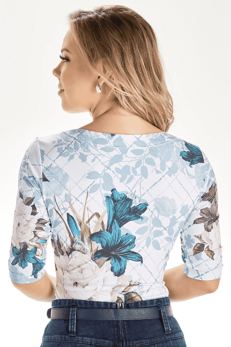 Blusa Estampada Decote Detalhado Via Tolentino