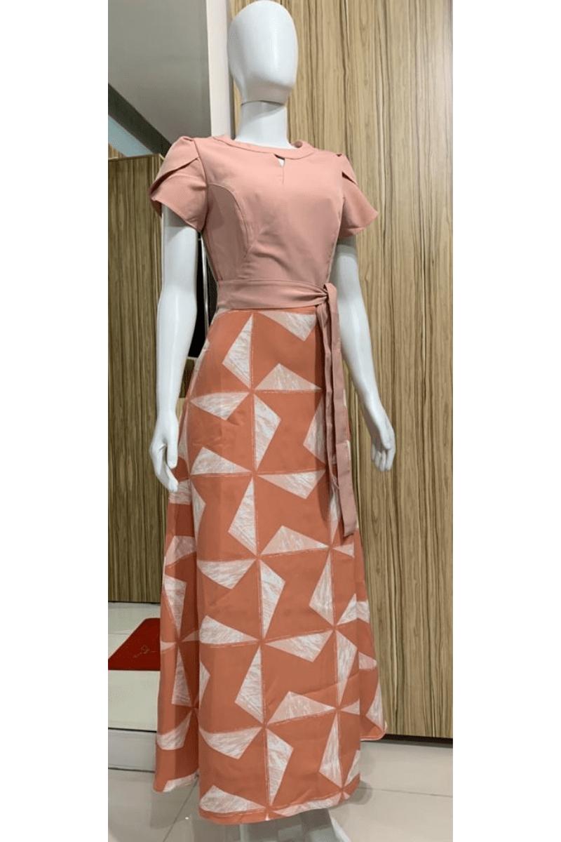 Vestido Longo Estampado na Parte da Saia Moda Evangélica