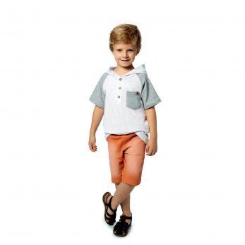 Conjunto Infantil Camiseta com Capuz e Bermuda Sarja