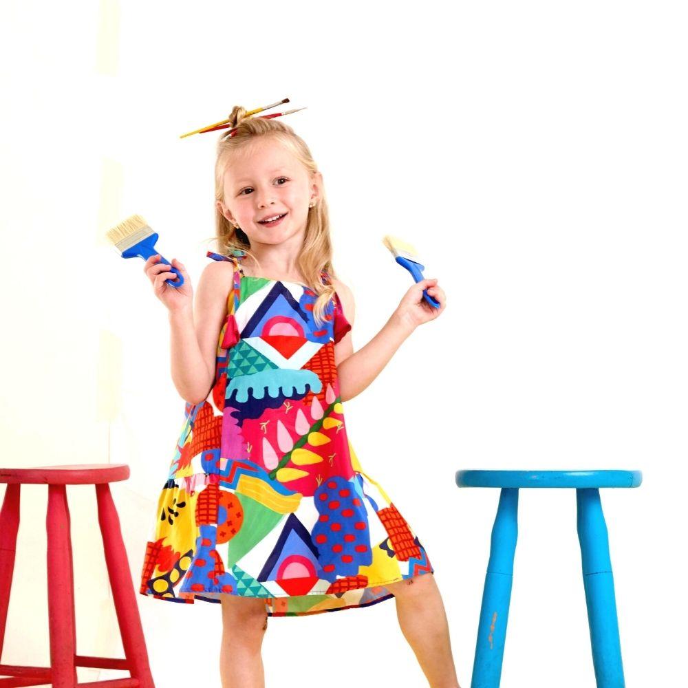 Vestido Infantil Estampado Brincando com as Formas