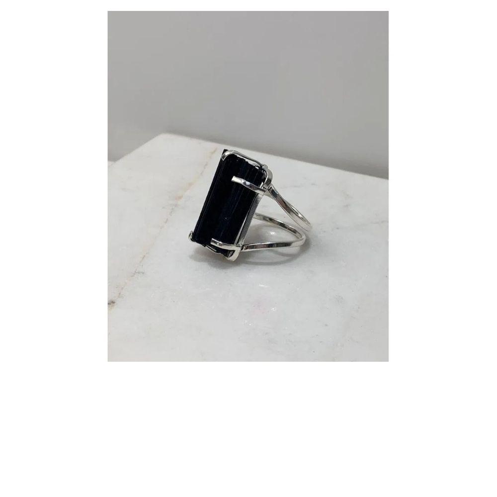 Anel Turmalina negra com Garra ajustável banho prata