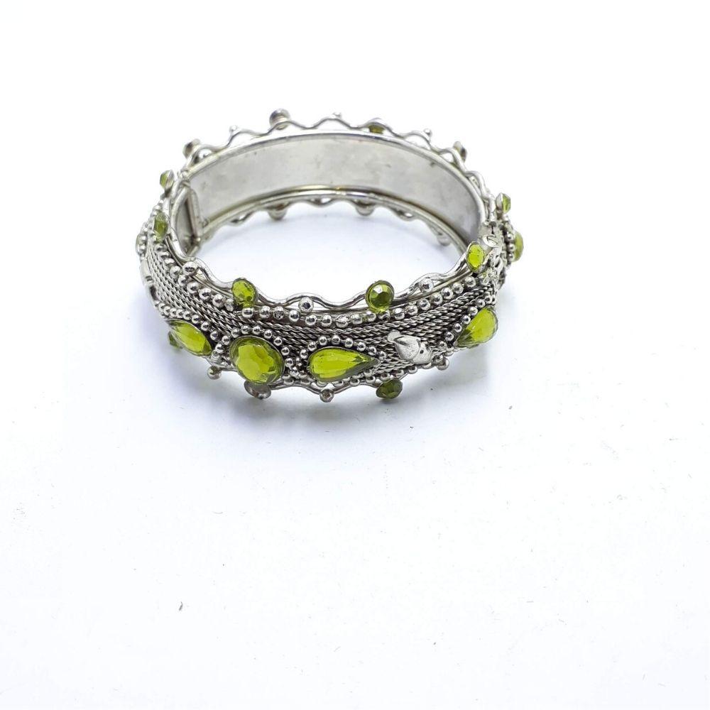 Bracelete Indiano Feminino Prateado Miçanga Verde