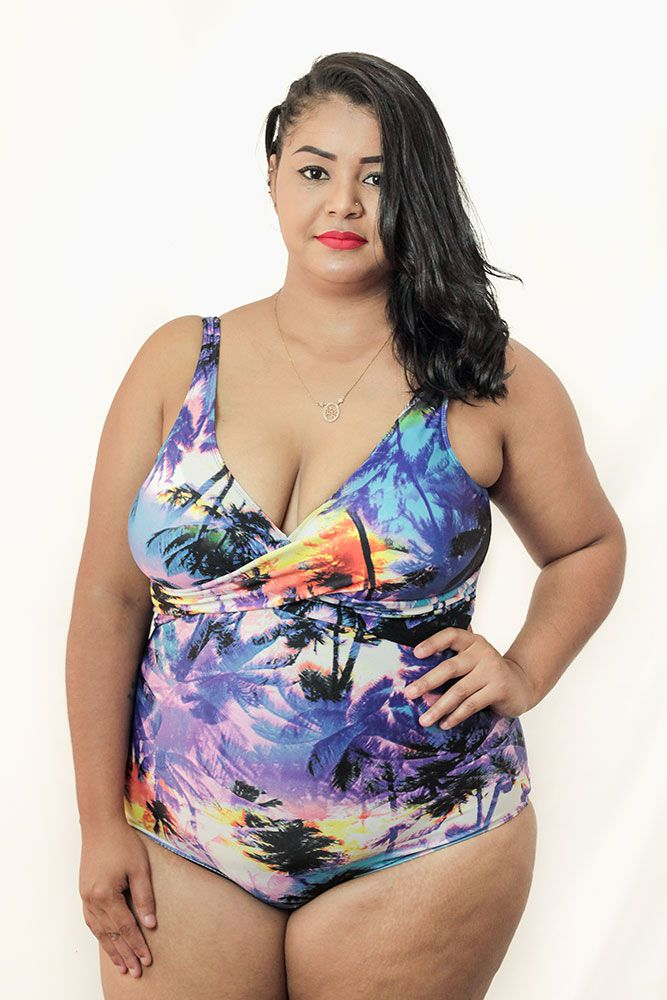 Maiô com Transpasse Estampado Plus Size AcQuaLua