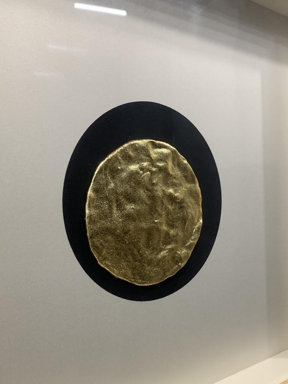 Quadro Decor Minimalista Circunferência Em Ouro