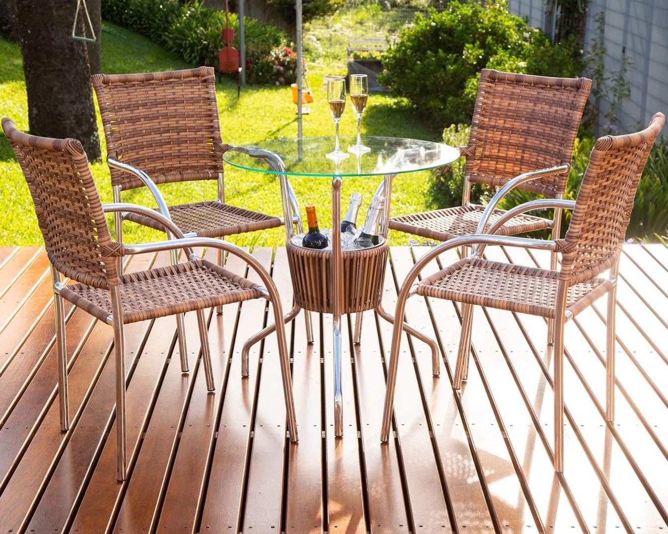 Conjunto Mesa e 04 Cadeiras em Alumínio e Fibra Sintética - MR101(4CR01)