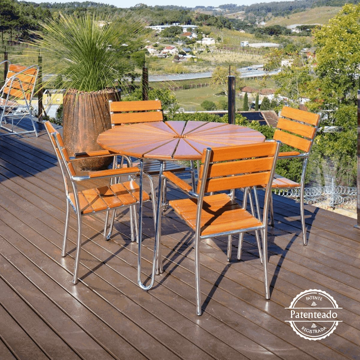 Conjunto Mesa e Cadeiras Eucalipto CJMA108