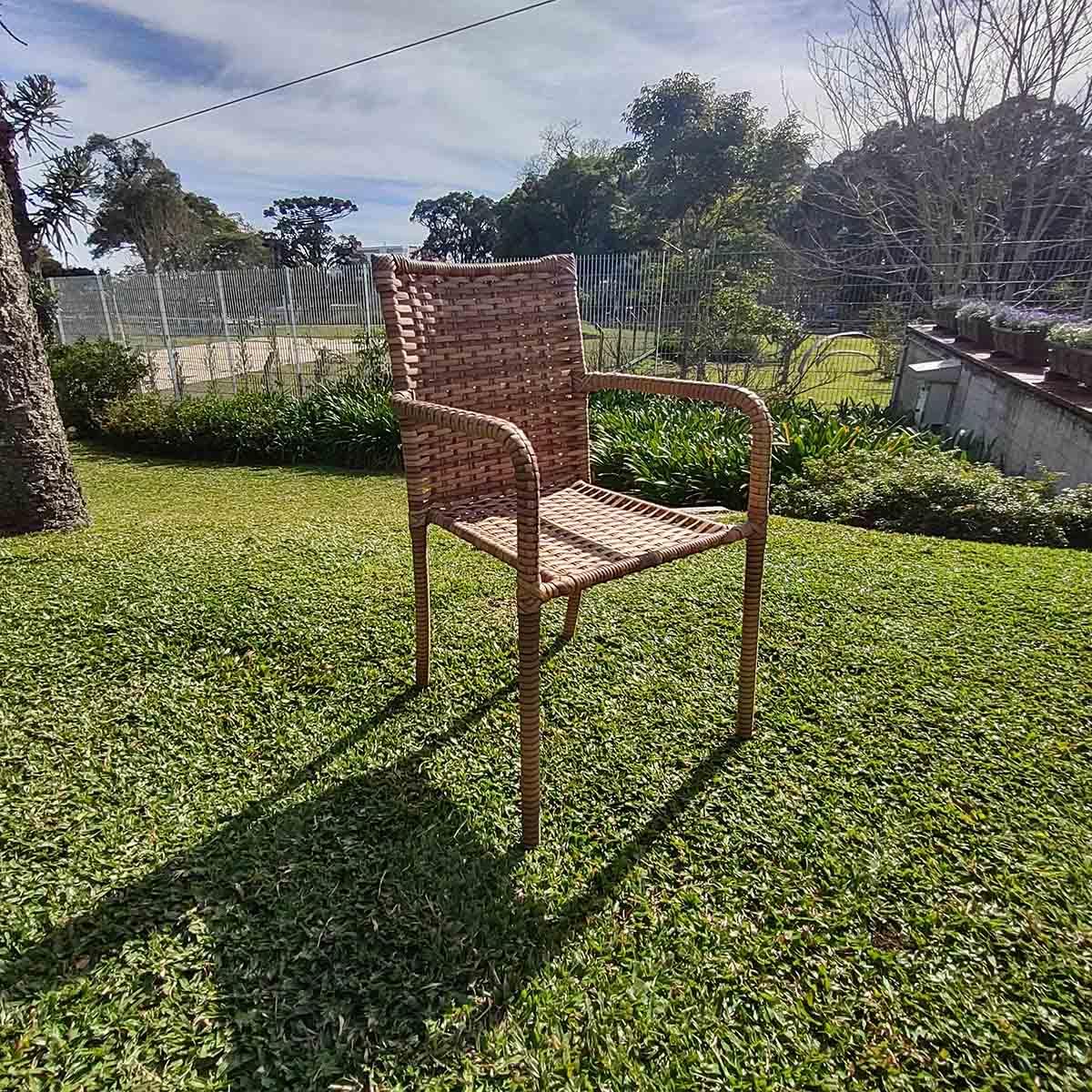 CR05.CE - Cadeira em Alumínio e Fibra Sintética 10mm