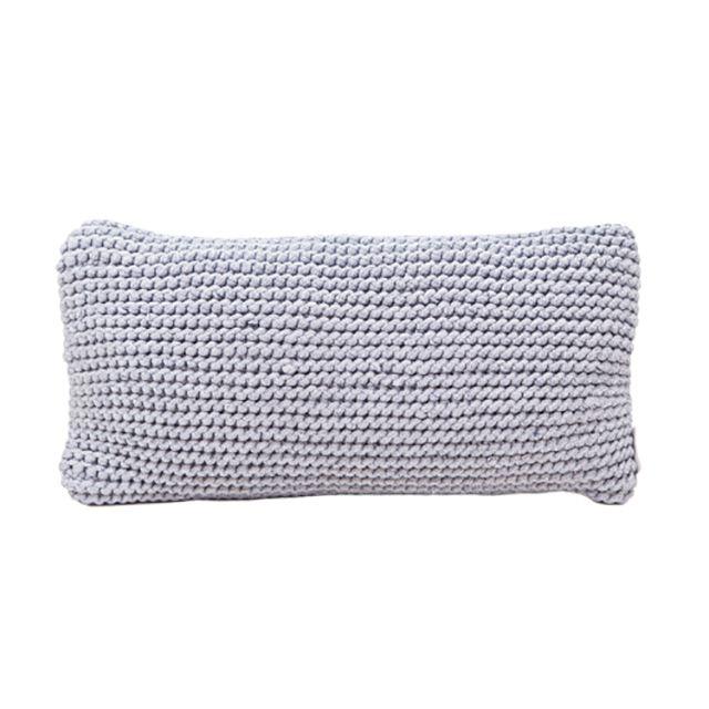 Almofada em tricot 55X29cm