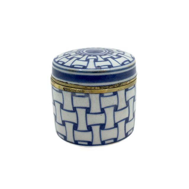 Caixa Decorativa em Porcelana Azul e Branca com Bronze