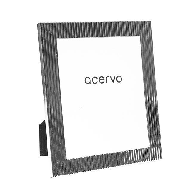 Porta Retrato em Metal Prateado Canelado 20X25cm