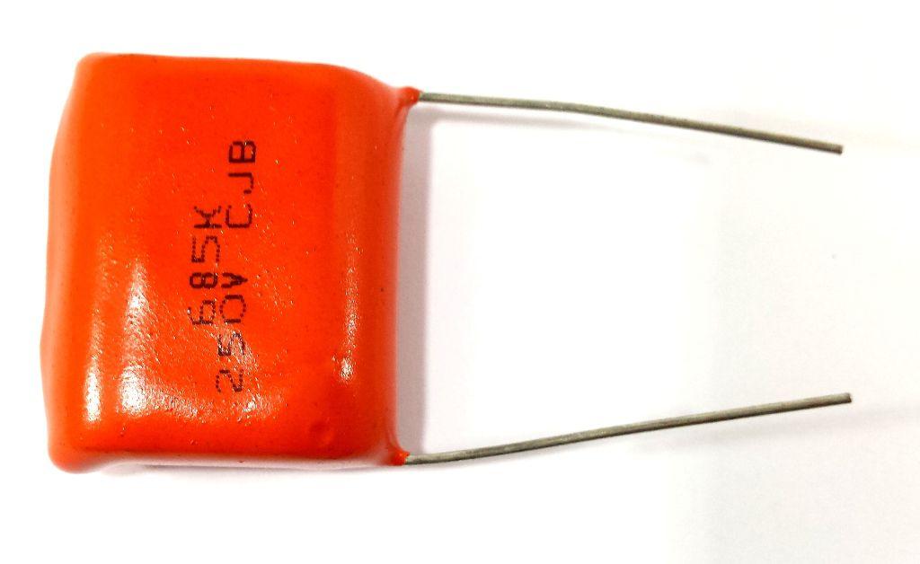100 Capacitor Poliester 6m8 250v Para Driver de Titanium