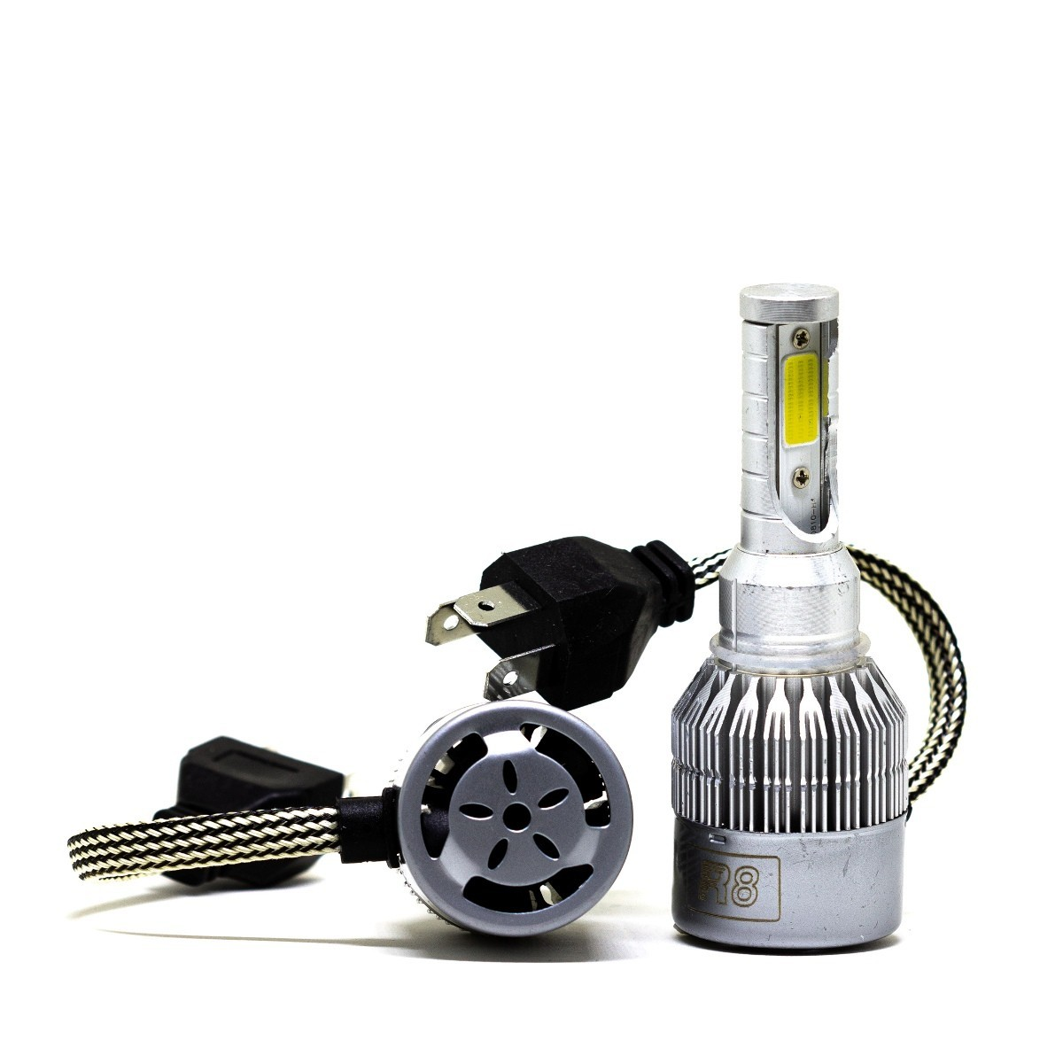 PAR LÂMPADA LED H3 6500K R8 HEADLIGHT COM COOLER SUPE BRANCA