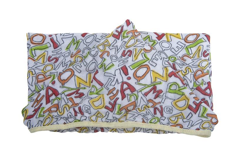 Toalha Soft com Capuz de Centro Alfabeto - 80 cm x 90 cm