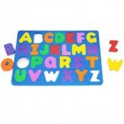 Alfabeto móvel na prancha Carlu
