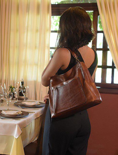 Bolsa Elegante em Couro Genuíno Caramelo - Colatto