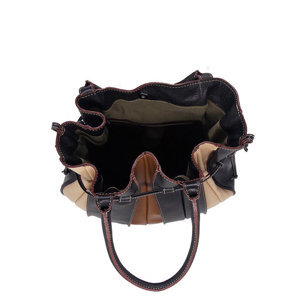 Bolsa Saco produzida em Couro Legitimo Preta - Colatto