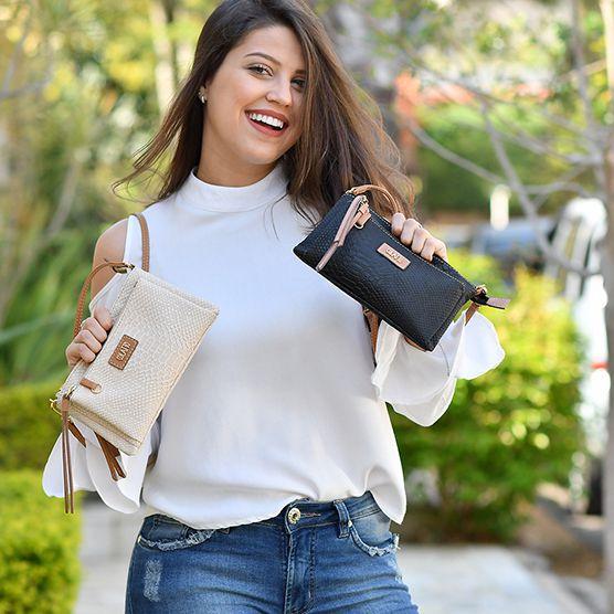 Bolsinha Transversal com dois bolsos cor Preta - Colatto