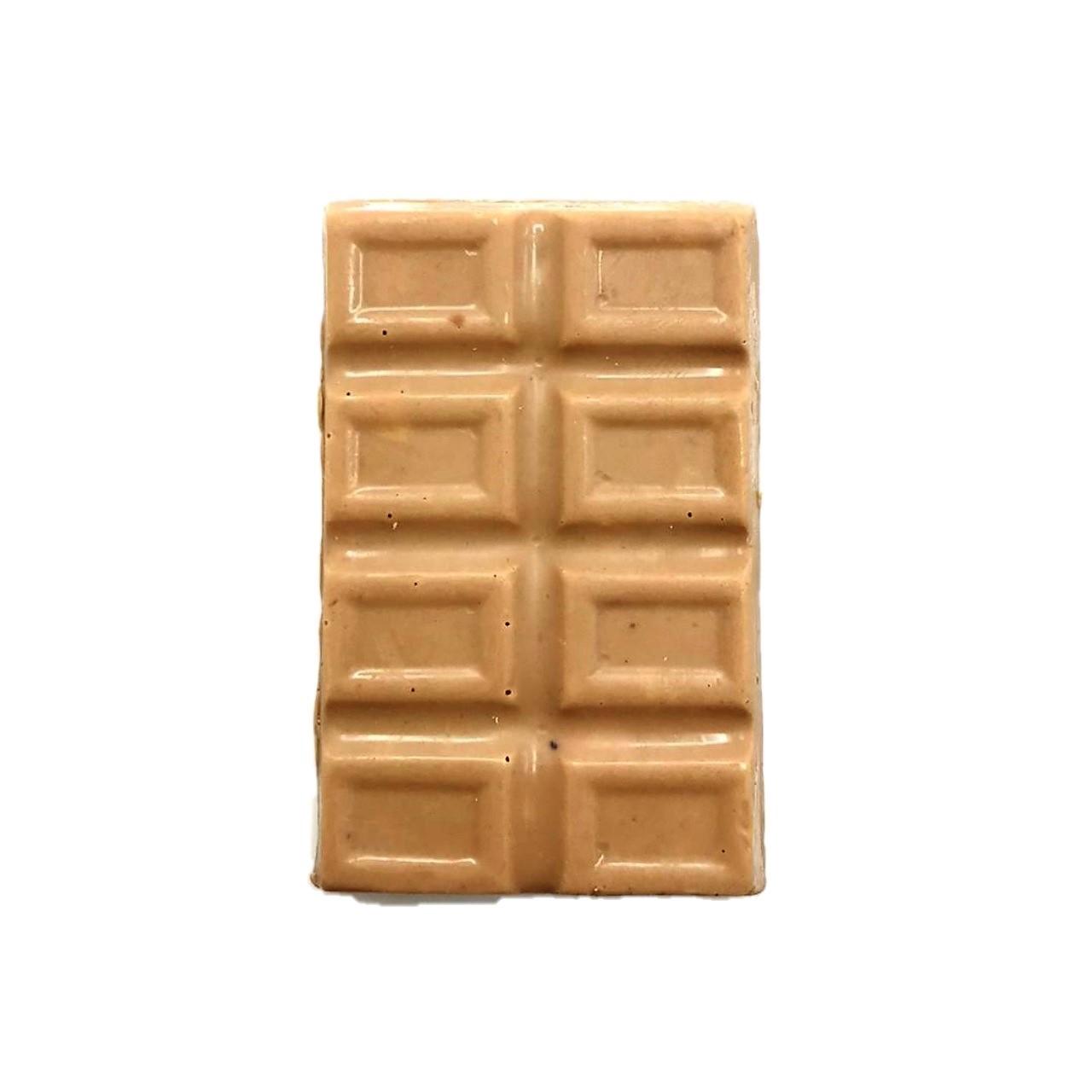 Barra de Chocolate Branco com Caramelo e Amêndoas Laminadas