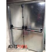 Porta Corta Fogo Dupla P90 com barra antiânico porta de emergência 180x210